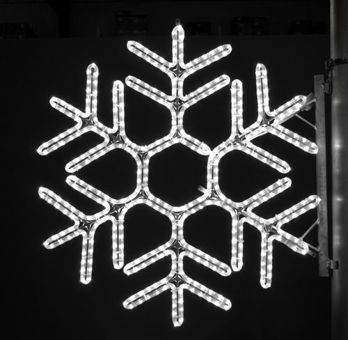Hexagon Snowflake, 3 Ft. Pole Decoration in Pure White