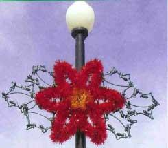 Lamppost Poinsettia Spray 4 Feet