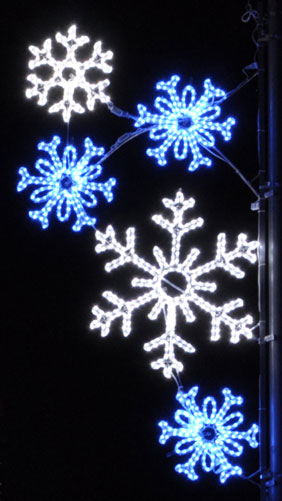 Bright blue and pure white LED Falling Snowflakes commercial Pole decoration