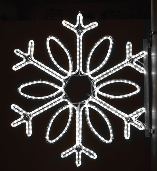 Single Loop Snowflake, 3 Ft. Pole Decoration in Pure White