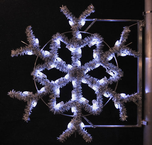 Garland Snowflake, 3 Ft. Pole Decoration in Pure White