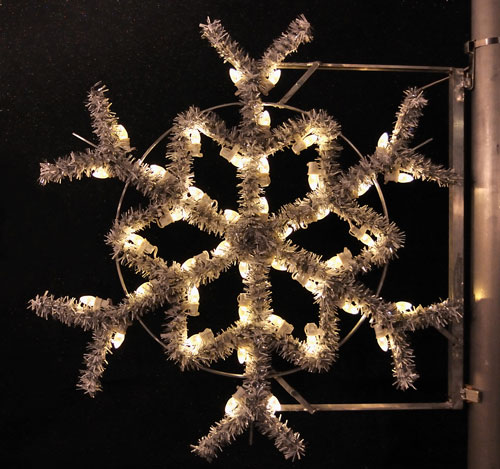 Garland Snowflake, 3 Ft. Pole Decoration in Warm White