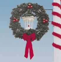 Garland Pole Mount Deluxe Wreath with White Deluxe Lantern  5 Feet