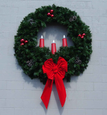 Deluxe Wreath with Three 23 Inch Red Candles 6 Feet